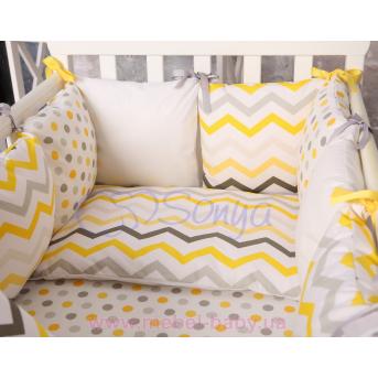 Защита Бэби дизайнн №6 Cеро-желтые зигзаги 12 подушек + простыня